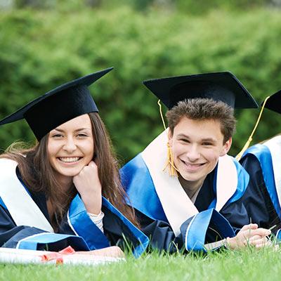 graduacion de jovenes en EE.UU